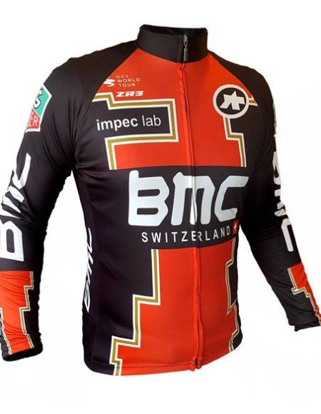 campera-al-cuerpo-ciclismo